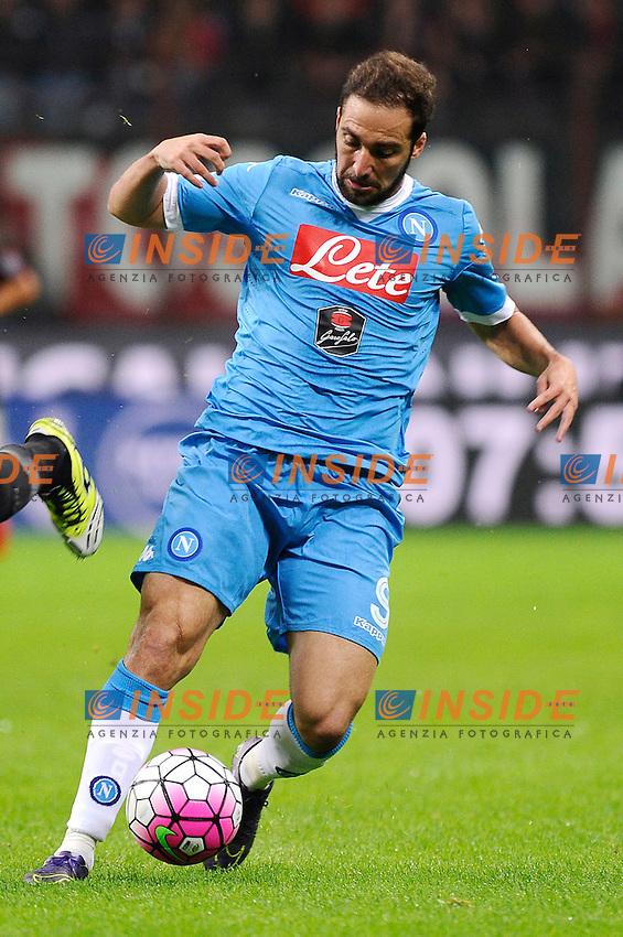 Gonzalo Higuain Napoli<br /> Milano 04-10-2015, Stadio San Siro, Football Calcio 2015/2016 Serie A TIM, Milan-Napoli, Foto Insidefoto