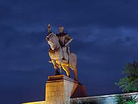Denkmal König Vakhtang Gorgasali bei Metheki Kirche und Fluss Kura-Mtkwari, Tiflis – Tbilissi, Georgien, Europa<br /> Monument king Vakhtang Gorgasali at Metheki Church,, Tbilisi, Georgia, Europe