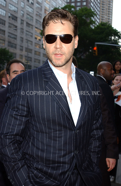 WWW.ACEPIXS.COM . . . . . ....New York City. June 1 20005....Actor Russell Crowe arriving at the premiere of the Universal Pictures film 'Cinderella Man' to benefit Children's Defense Fund.....Please byline: KRISTIN CALLAHAN - ACE PICTURES.. . . . . . ..Ace Pictures, Inc:  ..Craig Ashby (212) 243-8787..e-mail: picturedesk@acepixs.com..web: http://www.acepixs.com