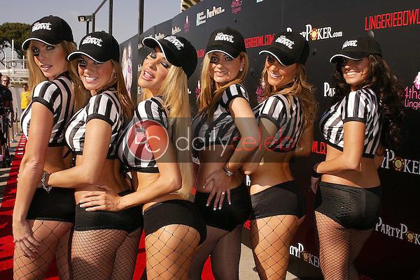Referees Natalie Matthews, Holly Lei, Tabitha Taylor, Julia Spragg, Jerilee Villanueva and Brigetta Tomarchio