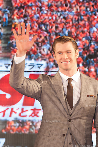 January 30, 2014 : Tokyo, Japan - Chris Hemsworth appears at the Japan Premiere for RUSH by Ron Howard in the Yurakucho Marion, Tokyo, Japan. (Photo by Yumeto Yamazaki/NipponNews)