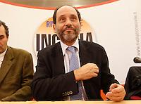 NAPOLI  ELEZIONI INCONTRO  DI RIOLUZIONE CIVILE.NELLA FOTO PIETRO INGROIA.FOTO CIRO DE LUCA