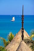 Flèche faîtière au sommet de la case, Nouvelle-Calédonie