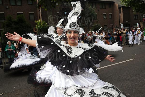 Notting Hill Carnival 2009 - Paraiso School of Samba(Photo: Bettina Strenske)