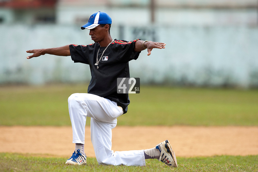 BASEBALL - POLES BASEBALL FRANCE - TRAINING CAMP CUBA - HAVANA (CUBA) - 13 TO 23/02/2009 - CUBAN UMPIRE
