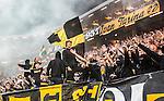 Solna 2014-08-13 Fotboll Allsvenskan AIK - Djurg&aring;rdens IF :  <br /> AIK:s supportrar med flaggor och banderoller<br /> (Foto: Kenta J&ouml;nsson) Nyckelord:  AIK Gnaget Friends Arena Allsvenskan Derby Djurg&aring;rden DIF supporter fans publik supporters