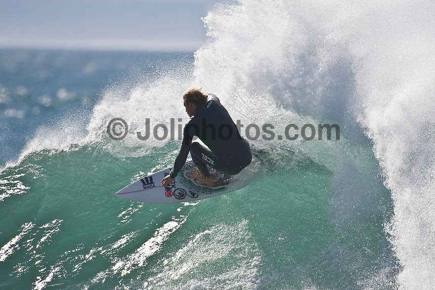 BEDE DURBIDGE (AUS) Surfing at Jeffreys Bay, (Wednesday 8th July 2009), Eastern Cape, South Africa ,   Photo: joliphotos.com