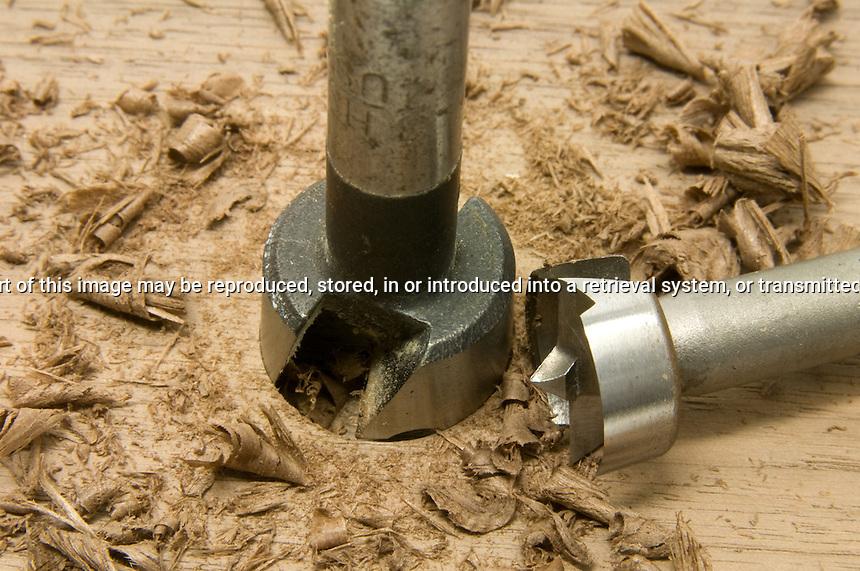 Forstner Bit drilling with shavings