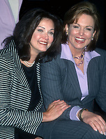 Lynda Carter and Phyllis George 2001<br /> <br /> CAP/MPI/PHL/JB<br /> ©JB/PHL/MPI/Capital Pictures