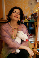 April 4 2005, Montreal (Qc) Canada EXCLUSIVE PHOTO<br /> Nathalie Choquette, opera singer, in her Montreal home<br /> Nathalie Choquette, chanteuse d'op&Egrave;ra, chez elle &Dagger; Montr&Egrave;al<br /> Photo : (c) 2004 Pierre Roussel