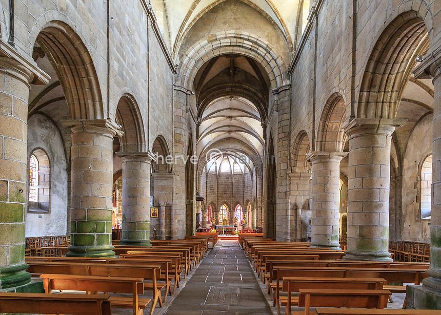 France, Manche (50), Cotentin, Granville, la Ville Haute, église Notre-Dame-du-Cap-Lihou, la nef // France, Manche, Cotentin Peninsula, Granville, Notre Dame du Cap Lihou church, the nave