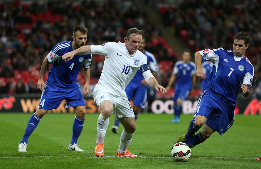 England's Wayne Rooney in action during todays match  <br /> Photographer Kieran Glavin/CameraSport<br /> <br /> International Football - UEFA EURO 2016 - European Qualifiers Group E - England v San Marino - Thursday 9th October 2014 - Wembley Stadium - London <br /> <br /> &copy; CameraSport - 43 Linden Ave. Countesthorpe. Leicester. England. LE8 5PG - Tel: +44 (0) 116 277 4147 - admin@camerasport.com - www.camerasport.com