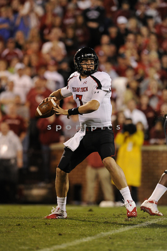 Seth Doege(7) / Texas Tech Red Raiders