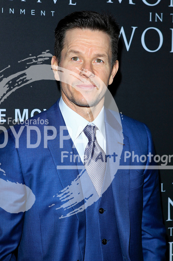 Mark Wahlberg bei der Premiere des Kinofilms 'All the Money in the World / Alles Geld der Welt' im Samuel Goldwyn Theater. Beverly Hills, 18.12.2017