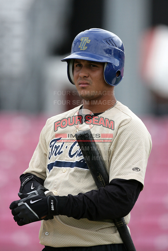July 8 2009: Leonardo Reyes of the Tri City Dust Devils before game against the Salem-Kaizer Volcanoes at Volcano  Stadium in Kaizer,OR.  Photo by Larry Goren/Four Seam Images