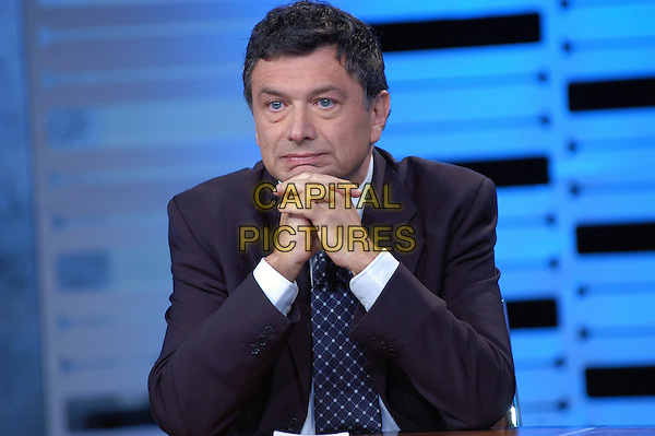 "FEDERICO GUIGLIA.Press conference for the new transmission of LA7 ""Otto e mezzo condotta"" with Lilli Gruber and Federico Guiglia, Rome, Italy, September 2008..half length black suit jacket tie grey gray .CAP/CAV.©Luca Cavallari/Capital Pictures"