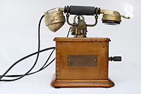 Antique Marty 1910 telephone (Licence this image exclusively with Getty: http://www.gettyimages.com/detail/sb10069714am-001 )