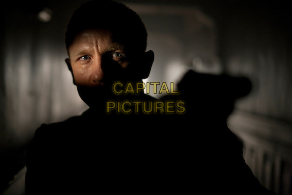 DANIEL CRAIG.in Skyfall (2012) .*Filmstill - Editorial Use Only*.James Bond 007.CAP/FB.Supplied by Capital Pictures.