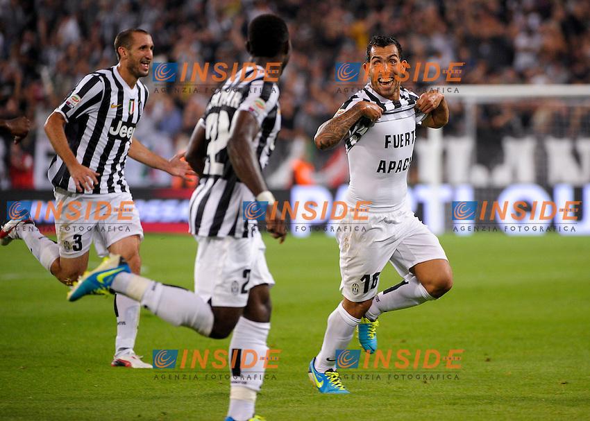 Esultanza Goal Celebration Carlitos Tevez Juventus<br /> Torino 31-08-2013 Juventus Stadium<br /> Football Calcio 2013/2014 Serie A<br /> Juventus Vs Lazio<br /> Foto Federico Tardito Insidefoto