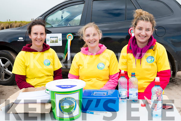 Geraldine, Deirdre and Grainne Ashe fundraising for the Kerry Hospice at the Béal Ban horse and pony races on Sunday afternoon.