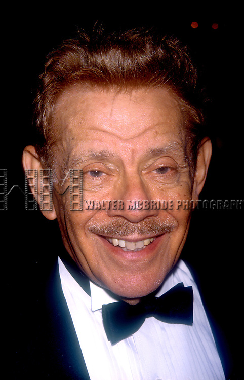 Jerry Stiller atttends the National Actors Theater Benefit on October 19, 1998 at the Plaza Hotel in New York City.