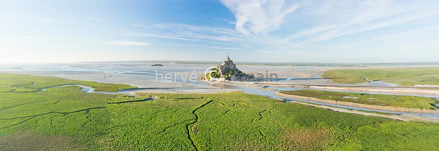France, Manche (50), Baie du Mont Saint-Michel classée Patrimoine Mondial de l'UNESCO, le Mont Saint-Michel (vue aérienne) // France, Manche, Mont Saint Michel Bay, listed as World Heritage by UNESCO, Mont Saint Michel (aerial view)