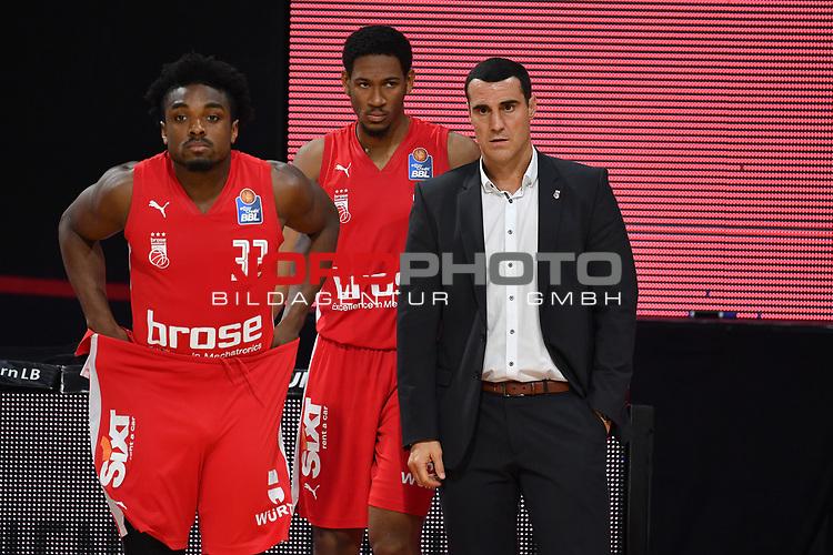 v.re:Roel MOERS (Trainer BA),<br /> li:Retin OBASOHAN (BA).<br /> <br /> Basketball 1.Bundesliga,BBL, nph0001-Finalturnier 2020.<br /> Viertelfinale am 18.06.2020.<br /> <br /> BROSE BAMBERG-EWE BASKETS OLDENBURG,<br /> Audi Dome<br /> <br /> Foto:Frank Hoermann / SVEN SIMON / /Pool/nordphoto<br /> <br /> National and international News-Agencies OUT - Editorial Use ONLY