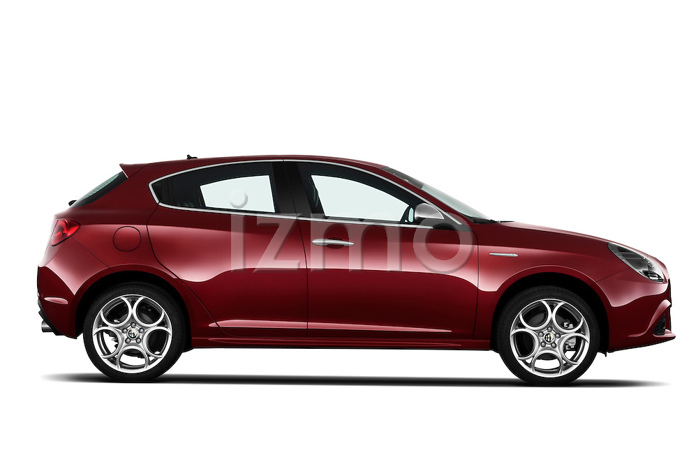 Passenger side profile view of a 2010 - 2014 Alfa Romeo Giulietta 5 door hatchback.
