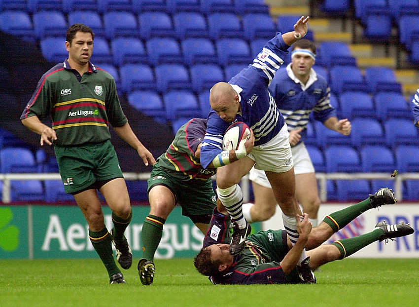 Photo:Ken Brown.24.9.2000 Zurich Premiership, London Irish v Sale Sharks.Rob Appleyard
