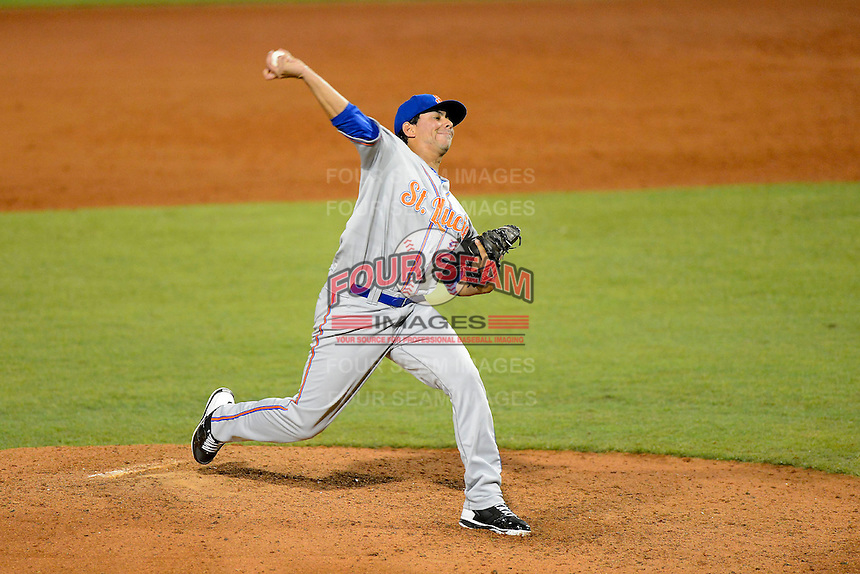 St. Lucie Mets pitcher Randy Fontanez #27 during a game against the Bradenton Marauders on April 12, 2013 at McKechnie Field in Bradenton, Florida.  St. Lucie defeated Bradenton 6-5 in 12 innings.  (Mike Janes/Four Seam Images)