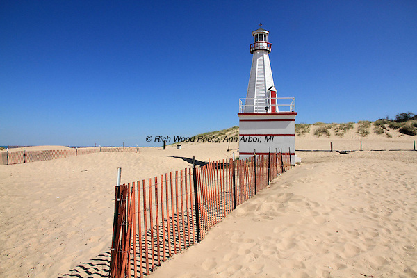 New Buffalo MI lighthouse and beach