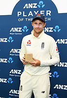3rd December, Hamilton, New Zealand;  ANZ player of the match Joe Root day 5 of the 2nd test cricket match between New Zealand and England at Seddon Park, Hamilton, New Zealand.