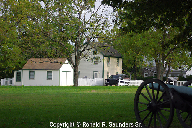 FARM HOUSE,SHED and CIVIL WAR CANNON RELIC