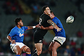 16th June 2017, Eden Park, Auckland, New Zealand; International Rugby Pasifika Challenge; New Zealand versus Samoa;  Sonny Bill Williams of New Zealand offloads against Alapati Leiua of Samoa
