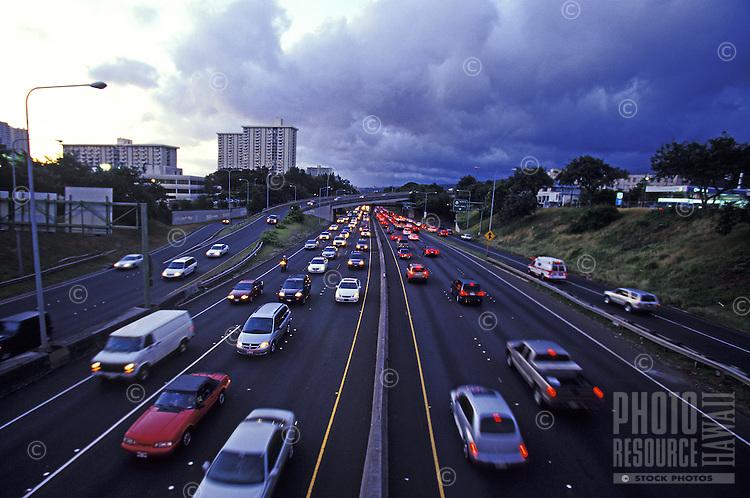 Traffic at dusk on H2 Freeway in Honolulu