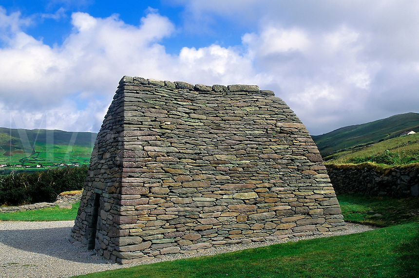 Gallarus Oratory, County Kerry, Ireland. Gallarus Oratory, One of the finest examples of an early Christian Church to be found in Ireland. Dating from 800 AD,