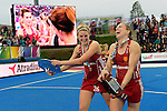 ENG - London, England, August 30: Players of England celebrate their victory at the EuroHockey 2015 after winning the final against The Netherlands 2-2 (3-1 SO) on August 30, 2015 at Lee Valley Hockey and Tennis Centre, Queen Elizabeth Olympic Park in London, England.  (Photo by Dirk Markgraf / www.265-images.com) *** Local caption *** (l-r) Lily OWSLEY #26 of England, Kate RICHARDSON-WALSH #11 of England