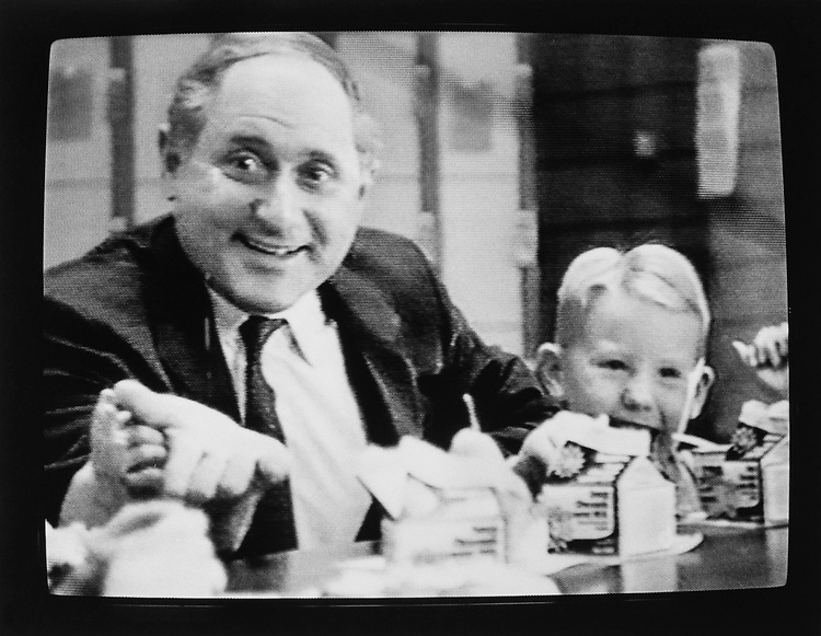 Sen. Carl Levin, D-Mich., visiting elementary school kids broadcasted on television while campaigning on Jan. 8, 1990. (Photo by Laura Patterson/CQ Roll Call via Getty Images)
