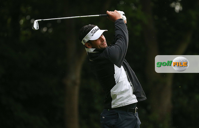 Lee Slattery (ENG) during Round Two of the 2016 BMW PGA Championship over the West Course at Wentworth, Virginia Water, London. 27/05/2016. Picture: Golffile   David Lloyd. <br /> <br /> All photo usage must display a mandatory copyright credit to &copy; Golffile   David Lloyd.