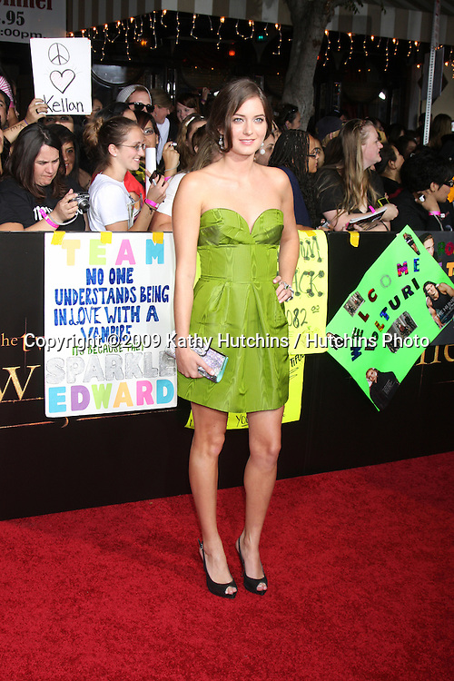 Justine Wachsberger.arriving at the New Moon Premiere.Mann's Westwood Village Theater.Westwood,  CA.November 16, 2009.©2009 Kathy Hutchins / Hutchins Photo.