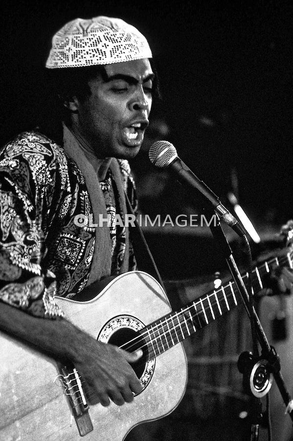 Pessoa. Personalidade. Gilberto Gil, músico e compositor. SP. 1976. Foto de Juca Martins.