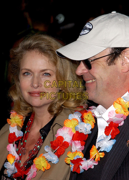 DAN ACKROYD & WIFE DONNA DIXON.Los Angeles Premiere of 50 First Dates held at The Mann Village Theatre in Westwood, California.3 February 2004  .*UK Sales Only*.www.capitalpictures.com.sales@capitalpictures.com.©Capital Pictures.