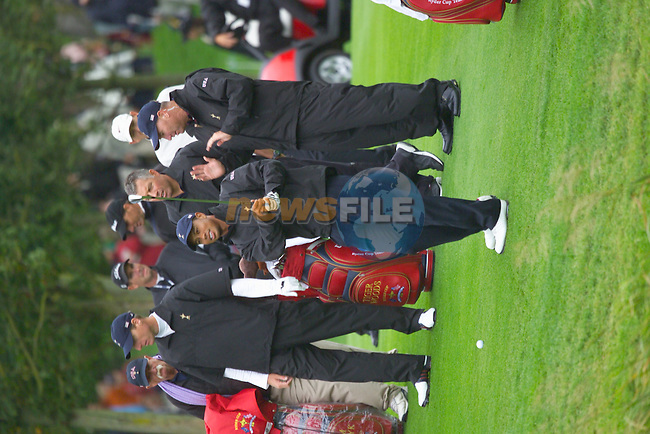 20th September, 2006. American Ryder Cup team member Tiger Woods practices on the 1st fairway during Practice Day 2 of the Palmer Course at the K Club..Photo: Eoin Clarke/ Newsfile.