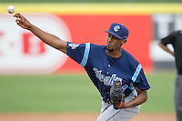 Corpus Christi Hooks pitcher Juan Minaya (29) delivers a pitch to the plate during the Texas League baseball game against the San Antonio Missions on May 10, 2015 at Nelson Wolff Stadium in San Antonio, Texas. The Missions defeated the Hooks 6-5. (Andrew Woolley/Four Seam Images)