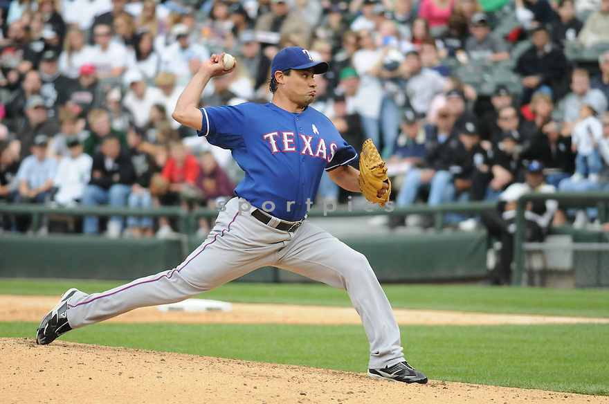VINCENTE PADILLA, of the Texas Rangers , in action during the Rangers game against the Chicago White Sox on May 10, 2009 in Chicago, IL. The Rangers beat the White Sox 7-1.