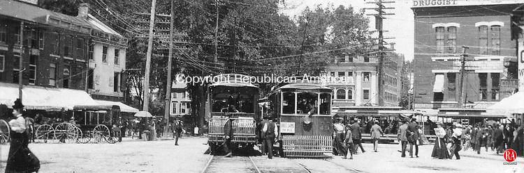 Trolley cars at Exchange Place in Waterbury, 1894.