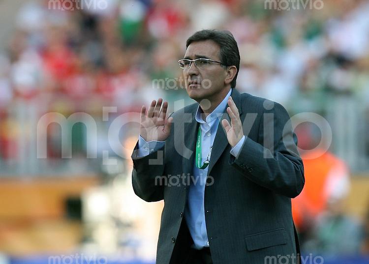 Fussball WM 2006  Gruppenspiel  Vorrunde 1  Gruppe D Mexiko 3-1 Iran IRN Trainer Branko Ivankovic (CRO)