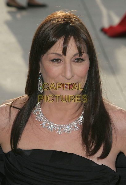ANJELICA HUSTON.2006 Vanity Fair Oscar Party held at Morton's, .West Hollywood, California, USA, .05 March 2006..portrait headshot oscars .Ref: ADM/CH.www.capitalpictures.com.sales@capitalpictures.com.©Charles Harris/AdMedia/Capital Pictures.