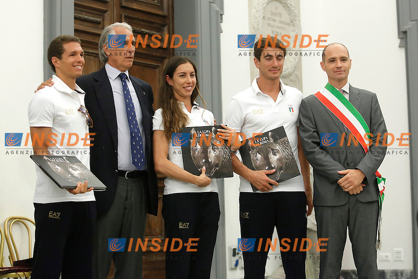 Pier Paolo Petroni, Claudia Cesarini e Riccardo De Luca (Pentathlon moderno) con Giovanni Malago' e Daniele Frongia<br /> Roma 25-07-2016 Campidoglio. Il Vicesindaco con delega all'assessorato allo sport incontra gli atleti romani che parteciperanno alle Olimpiadi di Rio 2016.<br /> The vice mayor of Rome meets the romans athletes that will participate to the Olympic Games of Rio 2016.<br /> Photo Samantha Zucchi Insidefoto
