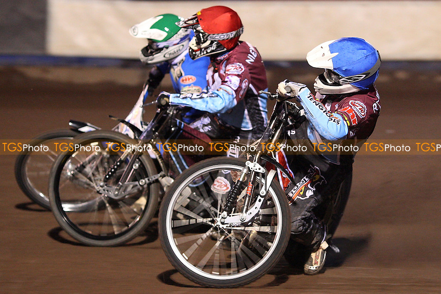 Heat 4: Stuart Robson (blue), Kauko Nieminen (red) and Piotr Swiderski (green) - Lakeside Hammers vs Ipswich Witches, Elite League Speedway at the Arena Essex Raceway, Purfleet - 10/04/09 - MANDATORY CREDIT: Rob Newell/TGSPHOTO - Self billing applies where appropriate - 0845 094 6026 - contact@tgsphoto.co.uk - NO UNPAID USE.